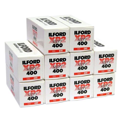 Fotografia klasyczna - Negatyw czarno biały Ilford XP 2 400 Super 120